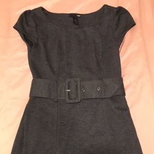 H&M grey knit dress with removable belt
